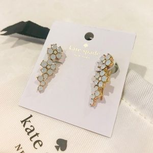 Kate Spade ♠️ Flower 🌸 Earrings